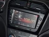 2017款 启腾V60 1.5L 舒适型